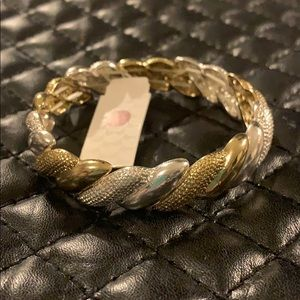 🆕Dress Barn Two Tone Stretch Bracelet